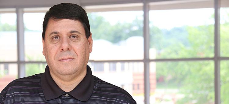Ziad Akir WSCC Online Program Director becomes citizen