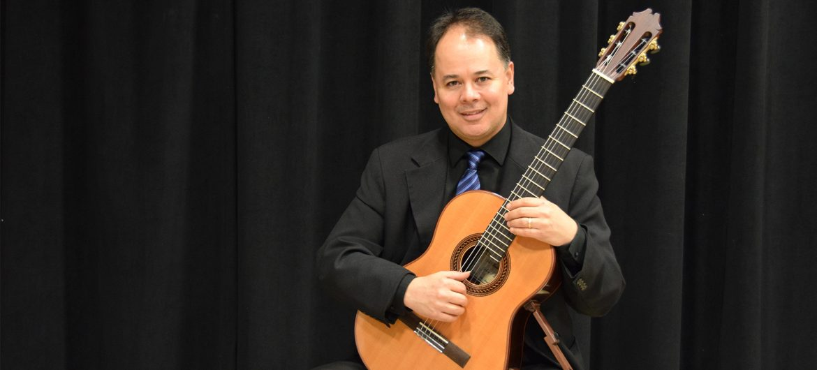 "The Evergreen Arts & Humanities Series at Washington State Community College (WSCC) in collaboration with the Schwendeman Agency, Inc. announce an upcoming presentation of ""Vila Boa and Other Tales: A Guitar Recital"" with Júlio Ribeiro Alves. This event is sponsored in part by the Ohio Art Council."