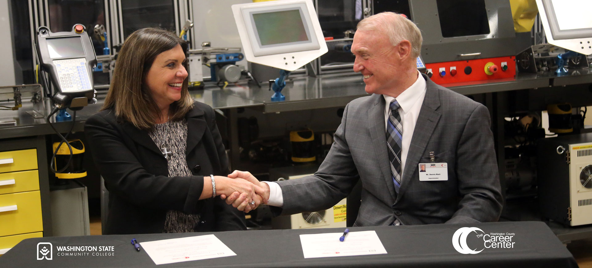 Washington State Community College (WSCC) and Washington County Career Center (WCCC) announced an innovative partnership that will create an automation and robotics pathway to benefit local high school students. The program will allow career center students to utilize the robotics and engineering labs at the college to eApril 8, 2021arn high school credit, college credit, and receive recognized industry credentials.